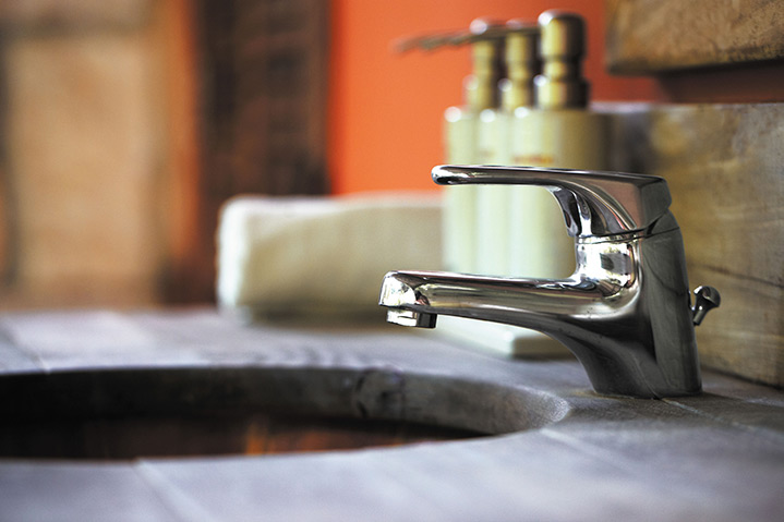 A2B Plumbers are able to fix any leaking taps you may have in Woodford.